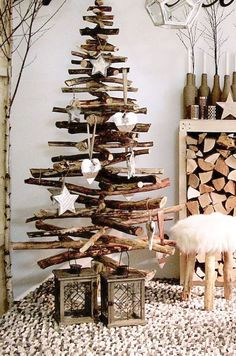 Weihnachten deko usw Deko, Christmas Dwelling Adorning Christmas is the one time of yr that most ind Driftwood Christmas Tree, Christmas Tree Crafts, Rustic Christmas, Simple Christmas, Christmas Home, Christmas Tree Decorations, Holiday Decor, Apartment Christmas, Xmas