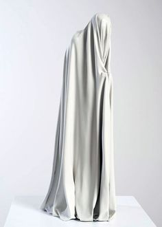 bodega:  Sam Jinks  obsessed with draped fabric, especially in sculpture.