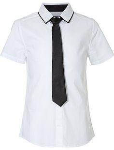 Ensemble cérémonie chemise + cravate Garçon adolescent 15,00€ Chemise blanche et de cérémonie La chemise blanche et la cravate : l'association parfaite pour une tenue él