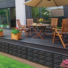 Whilst age-old throughout principle, your pergola may be enduring a modern rebirth these kinds of days. A stylish backyard shelter with no wall surfaces (or otherwise built seeing that a singular accessory for one's house), some sort of pergola is. Diy Pergola, Deck With Pergola, Diy Deck, Pergola Shade, Cheap Pergola, Black Pergola, Casa Patio, Backyard Patio, Backyard Landscaping