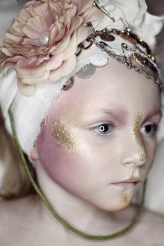 Strange Little Dolls makeup-3