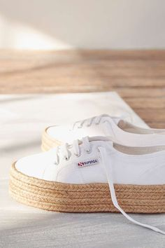 Superga – Espadrilles in Weiß