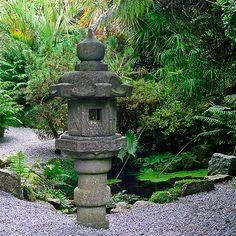 Lamorran Gardens, Cornwall, UK | A coastal garden with sub-tropical and Japanese garden features (3 of 11)