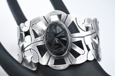 Fashion Now, Etsy Jewelry, Black Onyx, Etsy Vintage, Aztec, Vintage Jewelry, Carving, Gemstones, Sterling Silver