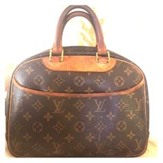 Authentic Louis Vuitton handbag Well loved LV genuine handbag. Some signs of gentle where, including darkened handles from regular use, but structure and shape integrity is there. Purchased new from New York City LV store. One owner. No trades. Louis Vuitton Bags Mini Bags