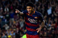 Neymar yang Terbaik, bukan Ronaldo atau Messi -  http://www.football5star.com/international/neymar-yang-terbaik-bukan-ronaldo-atau-messi/