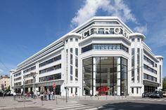 Ancien garage Citroën devenu le New Deal, Lyon © Romain Blanchi. A découvrir dans l'exposition Archi20-21 : intervenir sur l'architecture du XX.