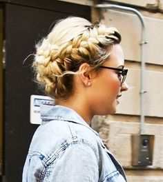 The mane event! Demi Lovato shows off Heidi-style plaits as she leaves hotel… Weave Hairstyles, Pretty Hairstyles, Hair Day, New Hair, Cabelo Ombre Hair, How To Cut Bangs, Head Band, Natural Hair Styles, Long Hair Styles