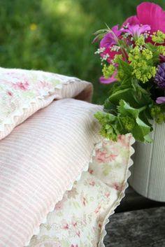 detail eiderdown in vintage paisley and majolica stripe