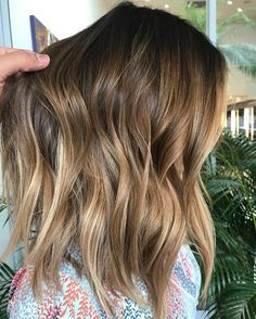 63 stunning examples of brown ombre hair - Hairstyles Trends Brown Ombre Hair, Brown Blonde Hair, Brunette Hair, Medium Hair Styles, Natural Hair Styles, Long Hair Styles, Hello Hair, Balayage Hair, Bayalage