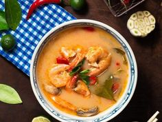 Shrimp Soup, Seafood Soup, Mexican Seafood, Shrimp Recipes, Party Recipes, Pozole, Easy Workouts, Food Dishes, Thai Red Curry