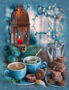 ☕ to learn about coffee culture!coffee shop decoration,coffee shop drinks,b Christmas Coffee, Noel Christmas, Christmas And New Year, All Things Christmas, Xmas, Best Coffee Shop, Coffee Love, Coffee Break, Coffee Coffee