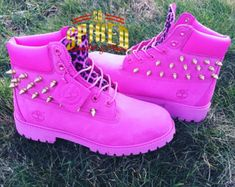 Custom HOT Pink Timberlands BIG Kids & Women ONLY ) see other listing for small kids Timberland Stiefel Outfit, Custom Timberland Boots, Timberland Waterproof Boots, Custom Boots, Glitter Timberlands, Pink Leopard, Cheetah, Boots