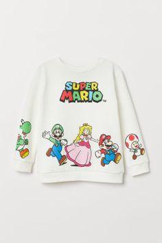 super mario world t-shirt Super Mario World, Japanese Hoodie, Cute Disney Outfits, Matching Shirts, Me Too Shoes, Long Sleeve Tops, Kids Fashion, Graphic Sweatshirt, My Style