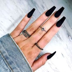 Black is a commonly used color in nail art designs. Many people have tried black nail art designs. Black can be used on nails of any shape. Black coffin nails and black Stiletto nails ar Black Acrylic Nails, Black Coffin Nails, Matte Black Nails, Best Acrylic Nails, Long Black Nails, Black White Nails, White Stiletto Nails, Matte Nail Art, Pointy Nails