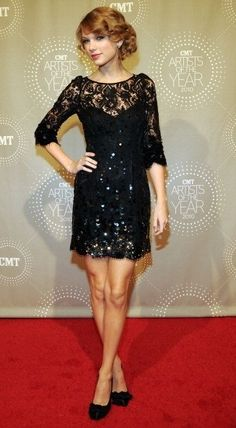 a9053f877ac Taylor Swift - Page 8 of 21 - Red Carpet Fashion Awards