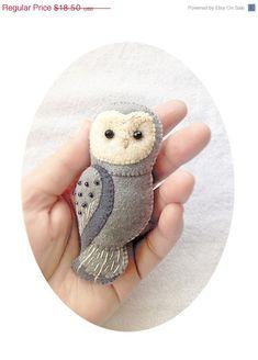 ON SALE Handmade Felt Owl Brooch Woodland Animal by Whimsylandia, $14.80
