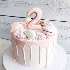 Awesome Birthday Cake Ideas for Girls Back to School Crafts Creative Birthday Cakes, Pink Birthday Cakes, Pretty Cakes, Cute Cakes, Sandwich Torte, Girly Cakes, Bolo Cake, Number Cakes, Drip Cakes