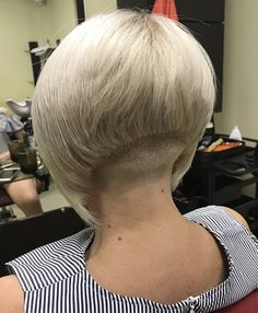 Short Stacked Bobs, Angled Bobs, Inverted Bob, Stacked Bob Hairstyles, Short Pixie Haircuts, Cool Hairstyles, Undercut Bob, Shaved Nape, Short Neck