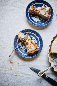 vegan coconut cream pie! and it's gluten free! | recipe via willfrolicforfood...