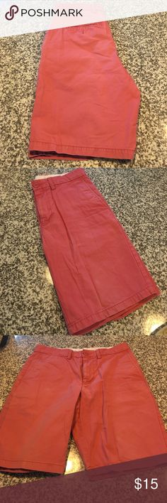 Slim fit men's shorts / size 29 Men's Salmon shade shorts. Size 29. Good condition. Shorts Flat Front