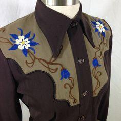 vintage western shirt with columbine flowers - yoke close up