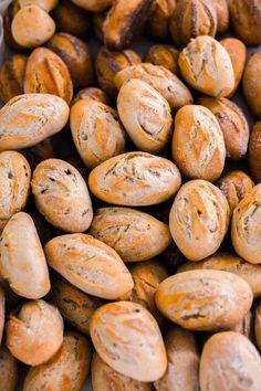Tous nos pains et viennoiseries sont à base de farine bio et faits maison par notre boulanger.   All breads and pastries are baked with organic flour and homemade by our resident baker  #bread #bakery #homemade #flour #bio #boulangerie #boulanger #pain #viennoiserie #painauchocolat #croissant