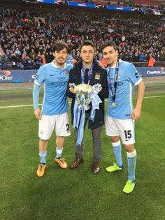 David Silva gave his Capital One Cup medal away to Manu Garcia!   What a legend!