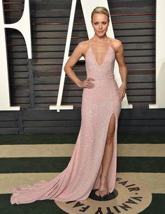 Rachel McAdams in Naeem Khann attends the Vanity Fair Oscars After Party