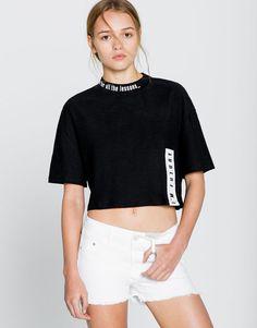 Push up shorts - Bermudas & Shorts - Clothing - Woman - PULL&BEAR Spain
