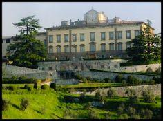 Villa di Torre a Cona (San Donato in collina, Rignano sull'Arno, Firenze) https://it.wikipedia.org/wiki/Villa_di_Torre_a_Cona