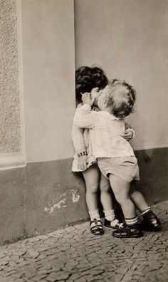 Kissing wall