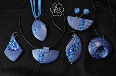 Přívěšky modrá+drť+krakelování   Blanka Procházková   Flickr