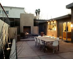Mid Century Modern Landscaping Design, Pictures, Remodel, Decor and Ideas - page 19