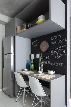 Coffee Bars In Kitchen, Coffee Bar Home, Booth Seating In Kitchen, Küchen Design, Interior Design, Cuisines Design, Small Apartments, Small Living, Kitchen Interior