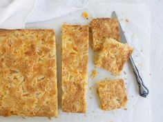 An easy slice recipe with soaked, dried apricots and four other ingredients. So easy to make and very yummy.