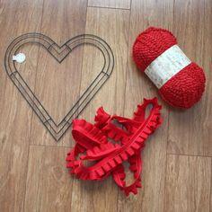 Valentine Wreaths for Front Door | Amy Cornwell Designs: Tuesday Tutorial: Valentine Heart Wreath