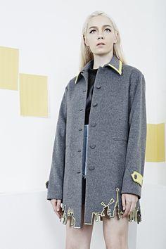 Fashion 2020, High Fashion, Teen Girl Fashion, Womens Fashion, Edgy Outfits, Fashion Outfits, Conservative Fashion, Diy Vetement, Fashion Details