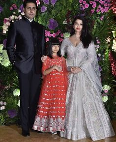 Aaradhya ,Aishwarya And Abhishek Bachchan Make A Picture Perfect Family At Armaan Jain's Wedding - HungryBoo Half Saree Designs, Wedding Couple Poses Photography, Kids Hairstyle, South Indian Sarees, Star Wars, Celebrity Stars, Looking Dapper, Girly Pictures, Family Outfits