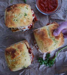 Hotdog Sandwich, Chicken Sandwich, Breaded Chicken Parmesan, Ciabatta Roll, Garlic Cheese Bread, Croissant Recipe, Seasoned Bread Crumbs, Banana Bread Recipes, Chicken Recipes