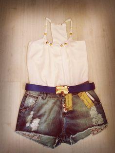 Look do dia! #Regata #Short #Cinto #moda #lojavirtual  www.thaishipolito.com
