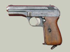 Pistole vz. 24   9x17 mm Výroba začala přepracováním pistole vz.22 ve Strakonické zbrojovce, která dostala zakázku od MNO díky toleranční propracovanosti výroby.