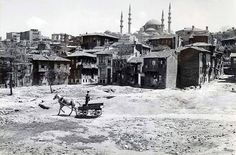 Unkapanı, İstanbul 1950's by unknown photographer