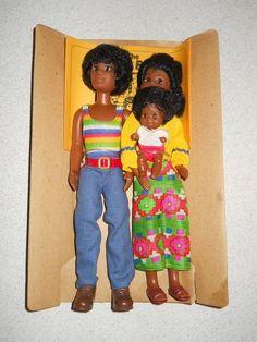 Vintage 1974 SUNSHINE HAPPY FAMILY 3 Dolls COMPLETE On INSERT w/Booklet Mattel