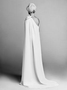 BOW CAPE DRESS BACK