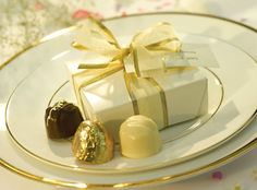 Classic Wedding Collection - 4 Chocs available at LilyOBriens.ie