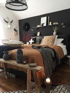 Ein paar Herbsttöne und Kerzenschein- so gelingt ein hyggeliges Schlafzimmer