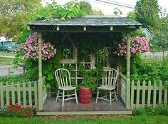 Een gezellig hoekje in de tuin.