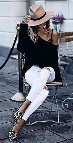 Summer Fashion Outfits you dont want to miss.Summer Fashion Outfits you dont want to miss Mode Outfits, Stylish Outfits, Fall Outfits, Summer Outfits, Fashion Outfits, Fashion Clothes, Denim Outfits, Stylish Hats, Beach Wear For Women Outfits