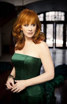 Reba-- *goes crazy* She looks so elegant and relaxed in everything she wears!! XD FANTASTIC woman and designer/model for clothing!! X3